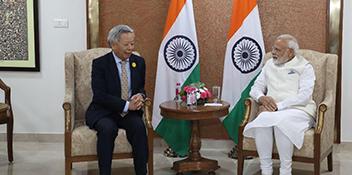AIIB President Meets Prime Minister Modi During India Summit